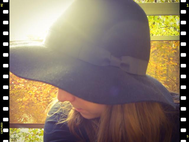 chapeau noir stradivarius