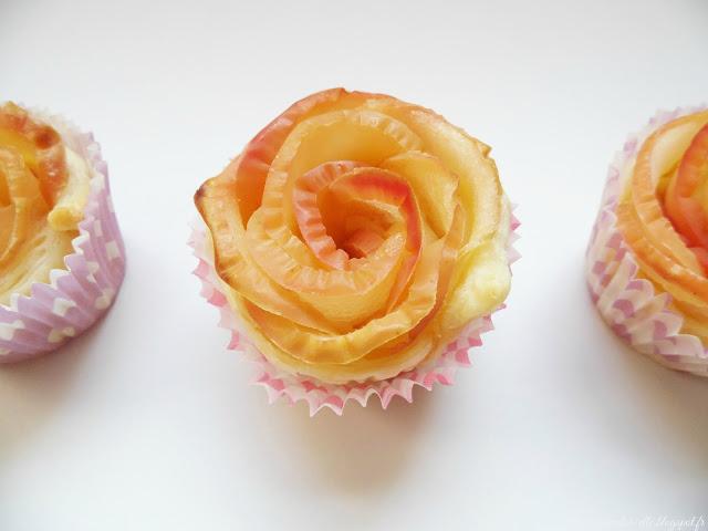 Tartelettes aux pommes en forme de rose
