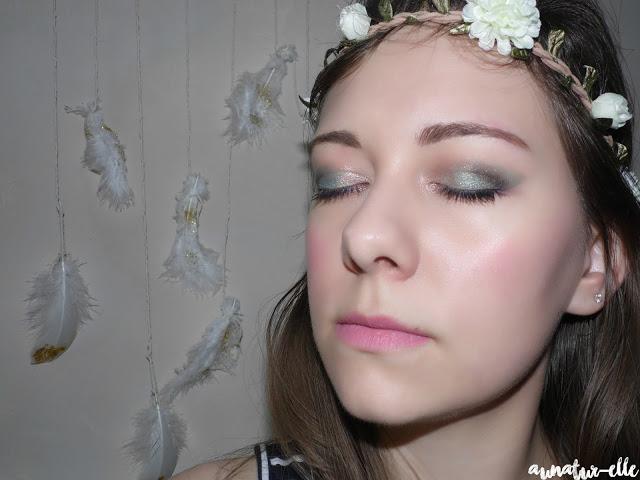 maquillage vert d'eau