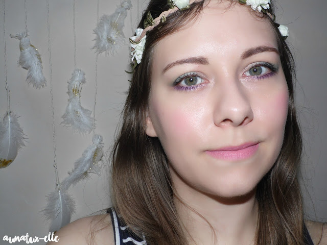 romantique green makeup