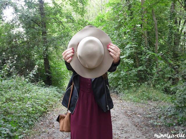 Welcom fall 🍃 : perfecto & burgundy dress