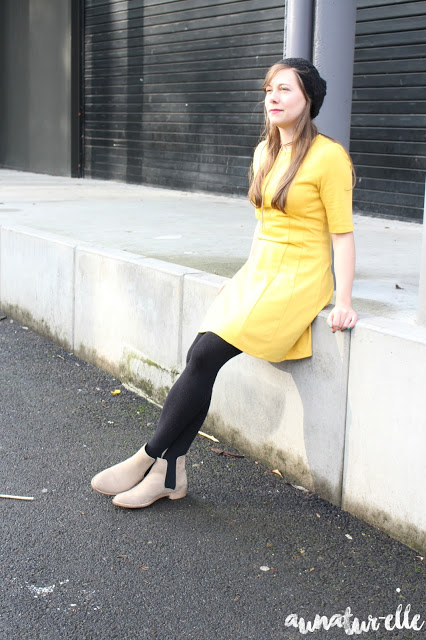 robe jaune moutarde