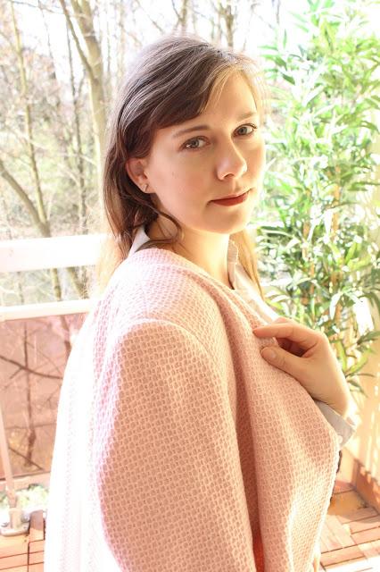 manteau rose poudré pour le printemps