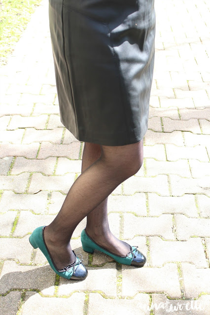 jupe simili cuir noir femme
