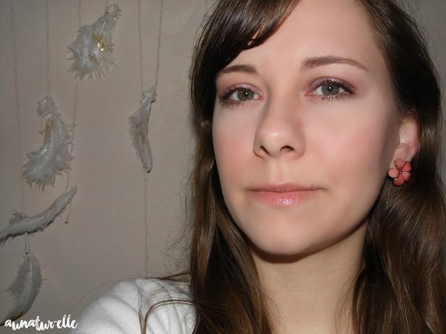 maquillage yeux lavande