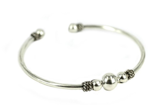 bracelet jonc argenté, bijoux chérie