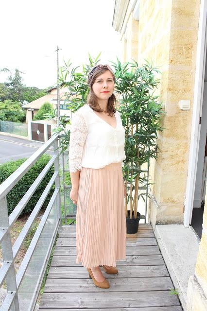 Le cas de la jupe longue plissée