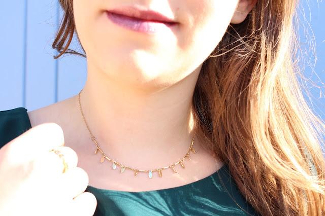 collier doré avec pampilles aunatur-elle créations