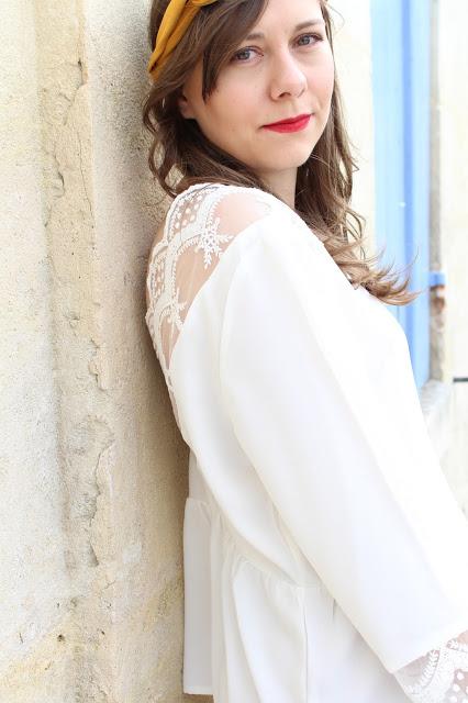blouse blanche en dentelle
