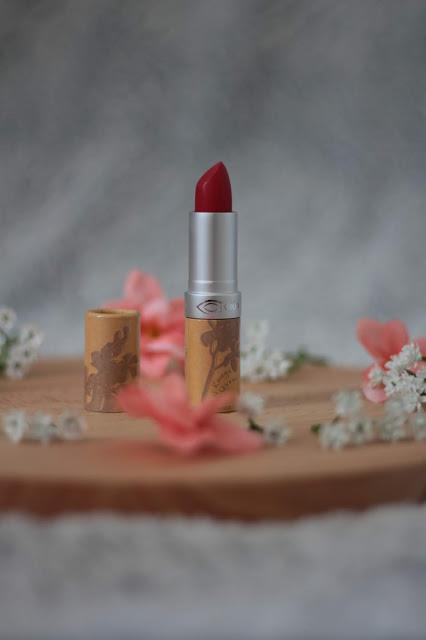rouge à lèvres rouge naturel et bio