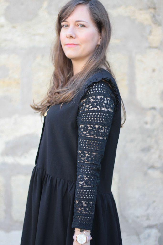 robe-noire-en-dentelle-aunatur-elle