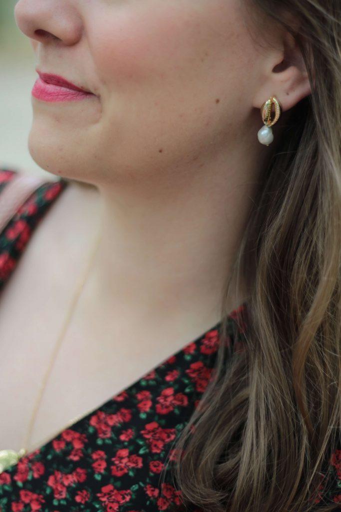 Accessoiriser ses tenues avec des bijoux dorés - Aunatur-elle, blogueuse mode de Bordeaux