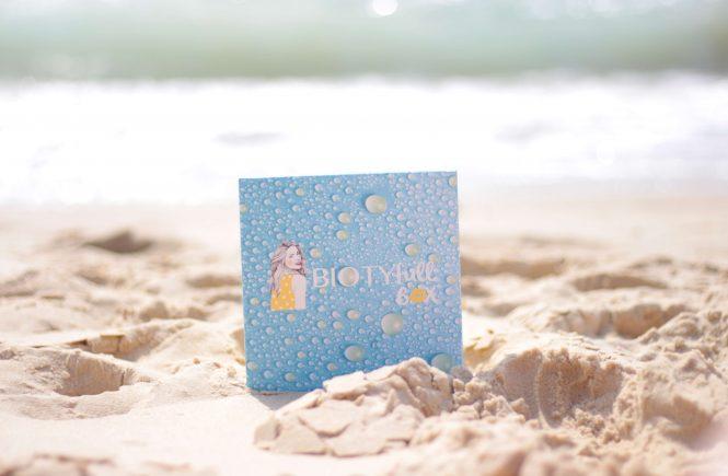 La Biotyfull box de juillet 2019, la waterproof. Aunatur-elle, blogueuse beauté naturelle