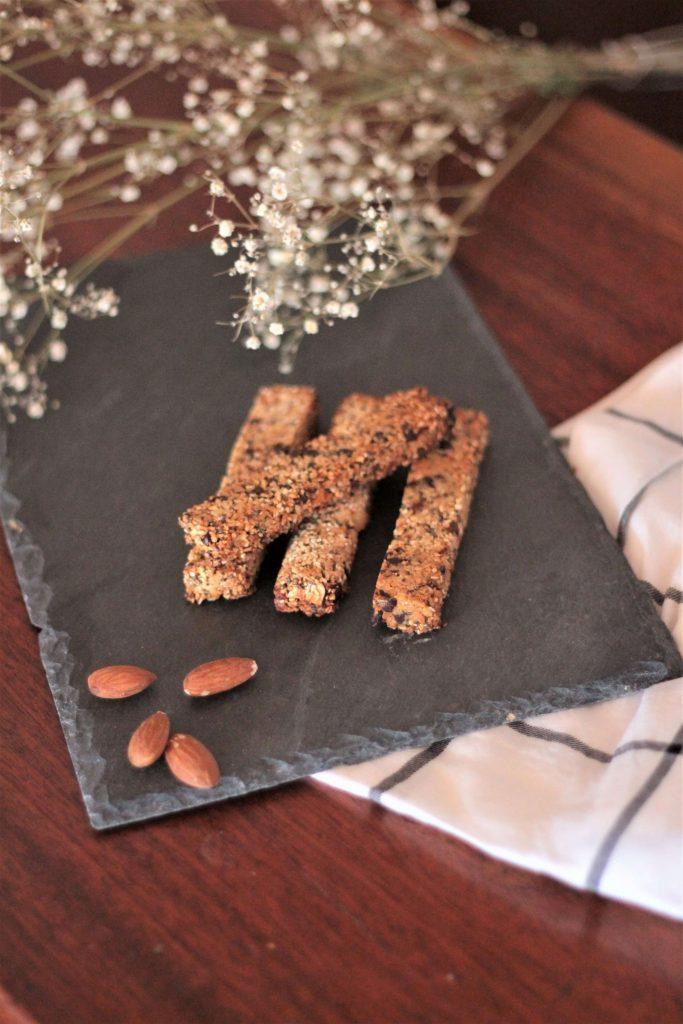 Recette de barres de céréales healthy fait maison pour le goûté. Aunatur-elle