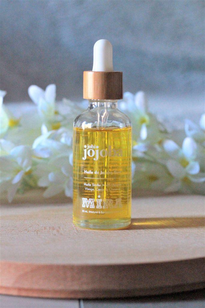 L'huile de jojoba spéciale peaux mixtes à grasses. Aunatur-elle, blogueuse beauté naturelle